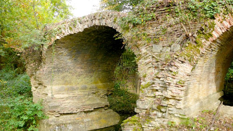 Pont Romain de profil