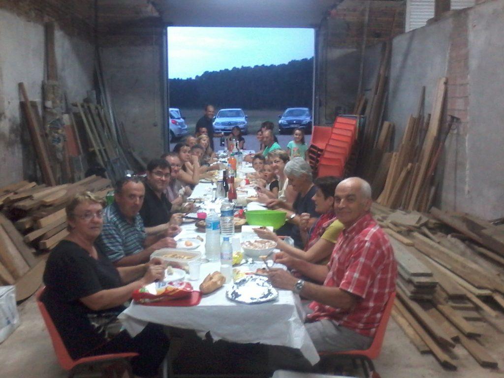 Repas de quartier à Rouzet