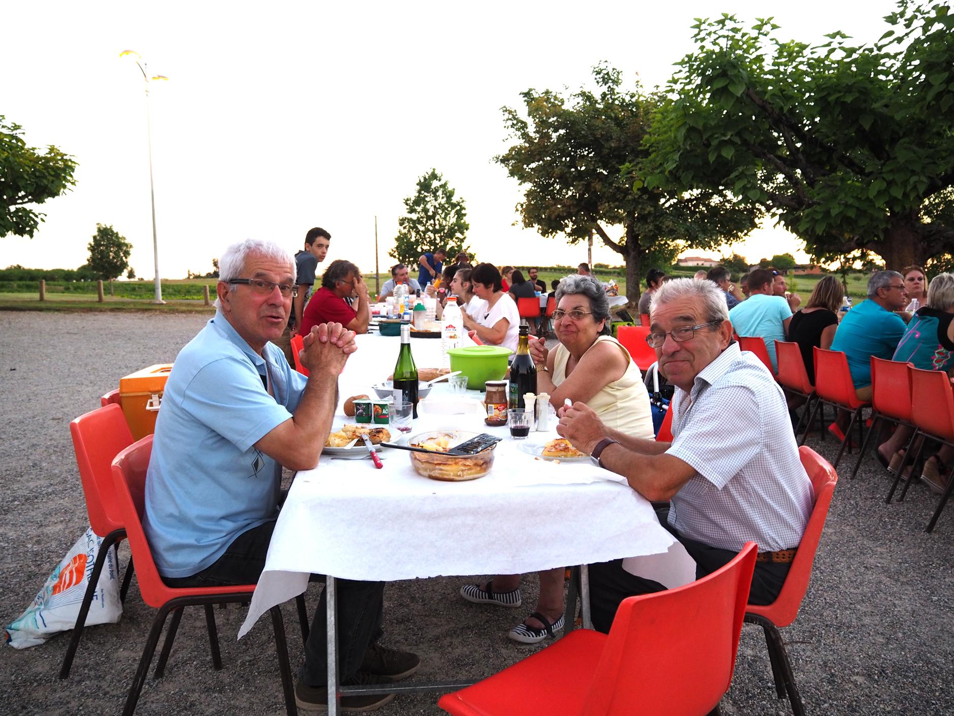 Repas de quartier puycornet cougournac gibiniargues