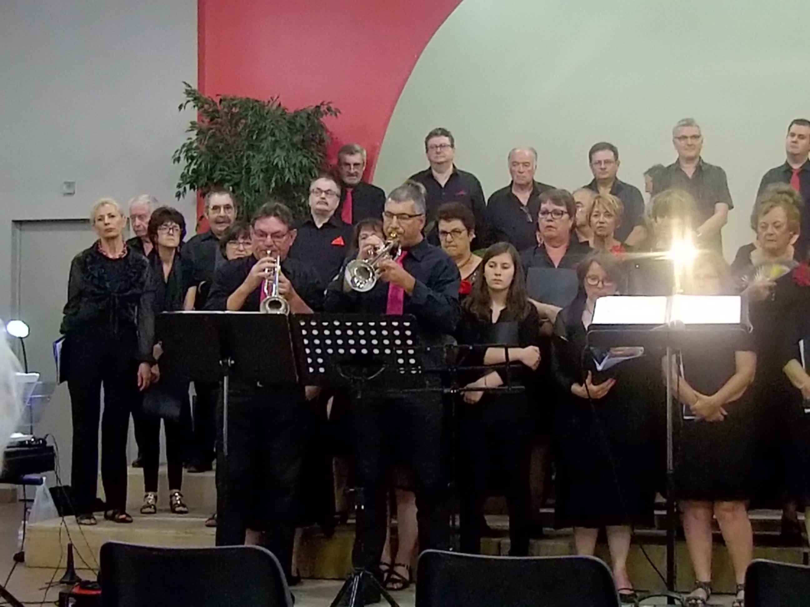 Fête de la musique avec l'éveil musical chorale de Bressols